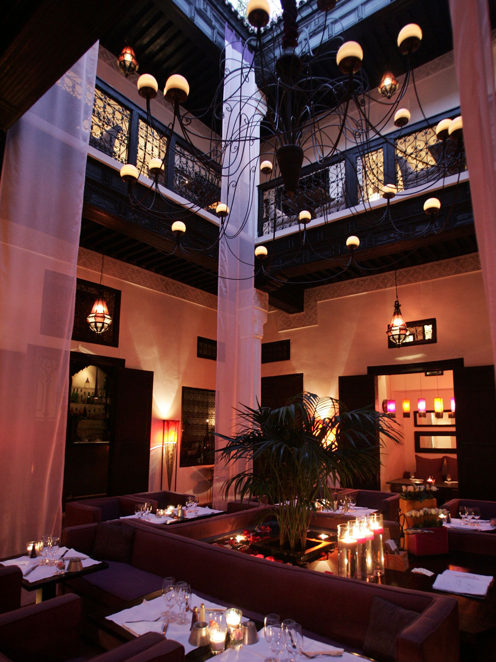 Le fondouk restaurant best riad marrakech for Best riads in marrakesh